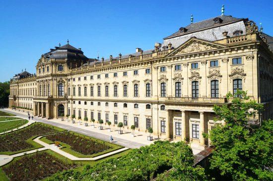 Würzburg Residenz Gartenfassade 2020